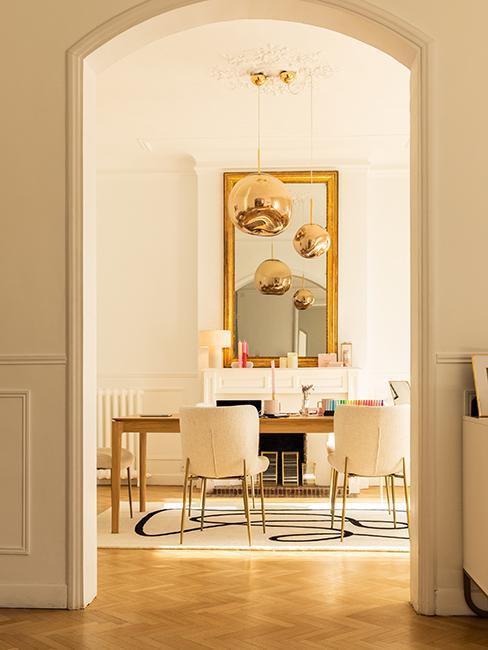 Salle de réuSalle à manger, bureau Maison dorée @chloebbbb