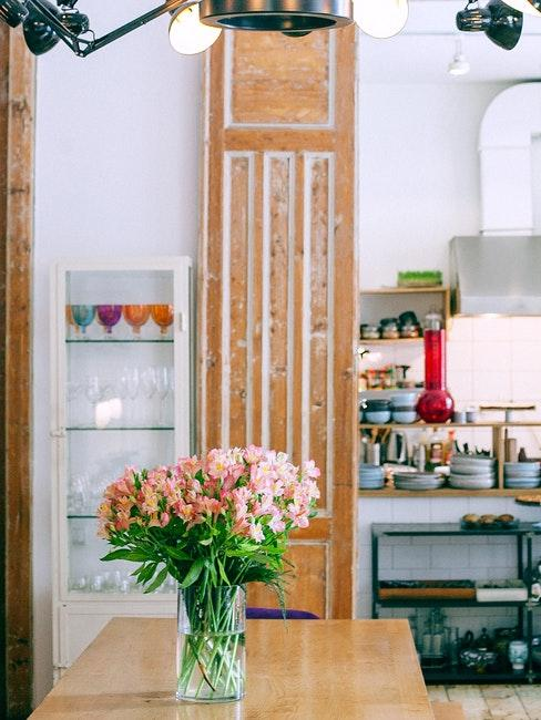 grand placard en bois, meuble à repeindre, meuble brut, meuble rustique cuisine