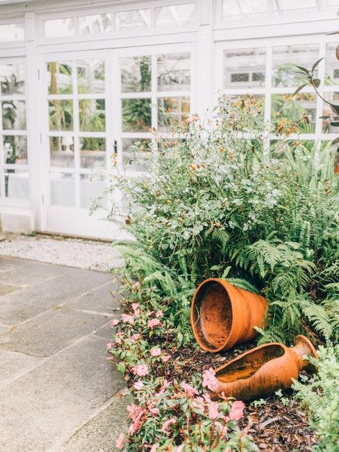 pots de jardin, serre blanche vintage