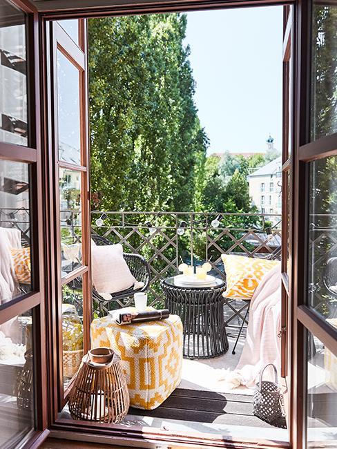 balcon-de-ville-deco
