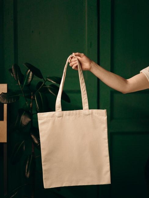 le tote bag comme cadeau pour invités à un mariage