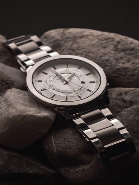 montre, élégante montre pour homme, cadeau