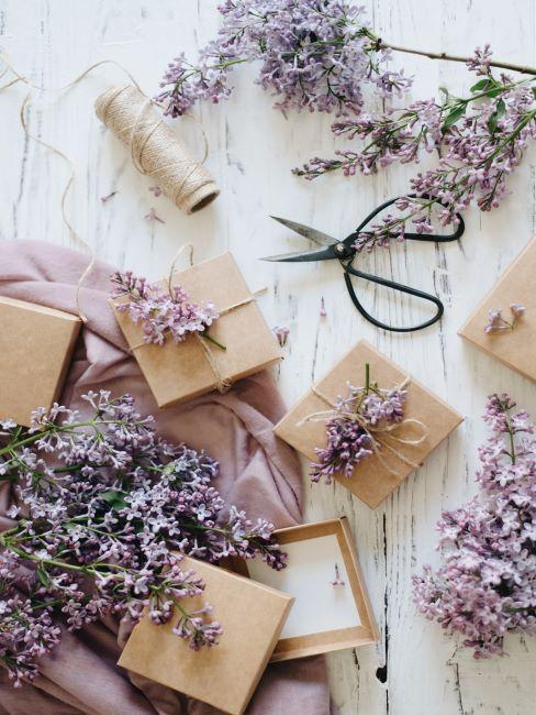 boîte cadeau =, emballage DIY, cadeau DIY, fleur de lilas