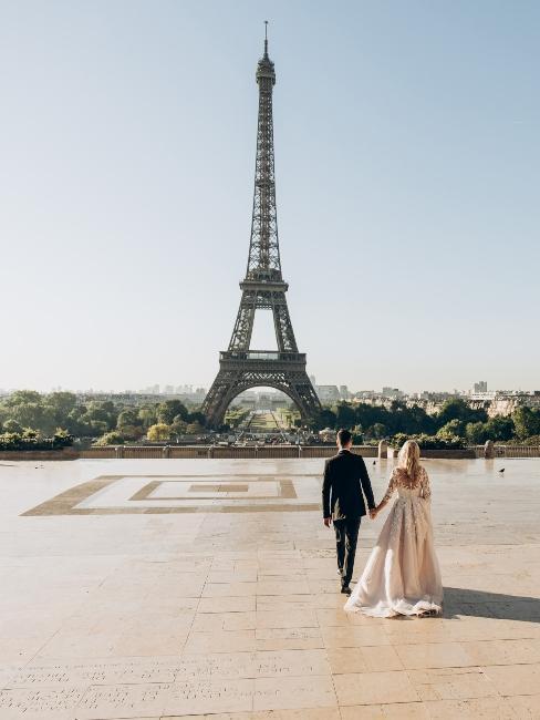 Mariage à Paris sous la tour Eiffel