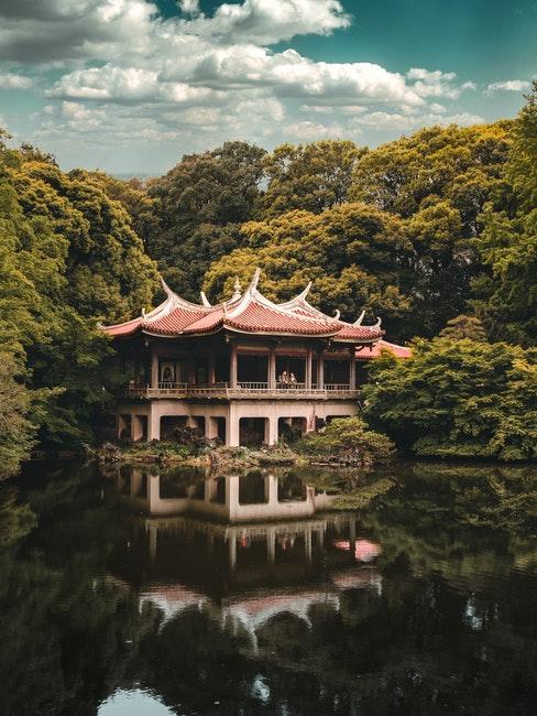 pavillon et jardin zen