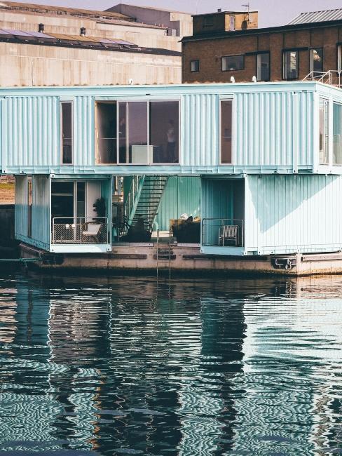 logement container avec piscine