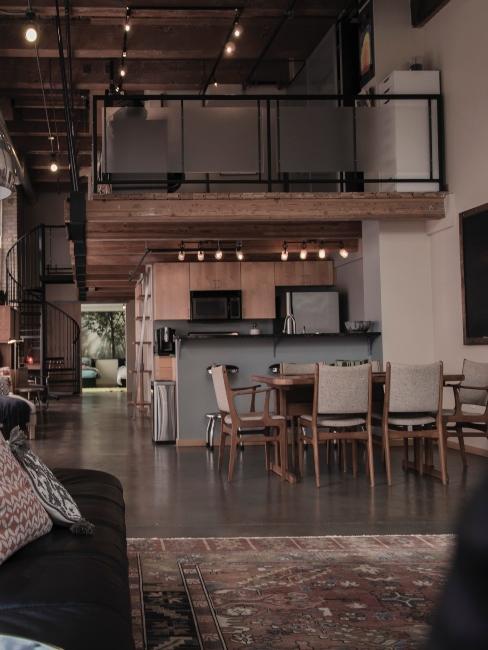 cuisine et salon style industriel en mezzanine