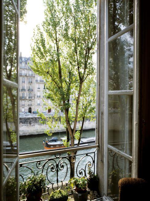 fenêtre ouverte sur la Seine