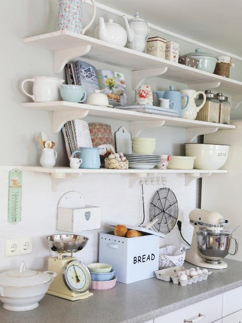 rangement de vaisselle vintage