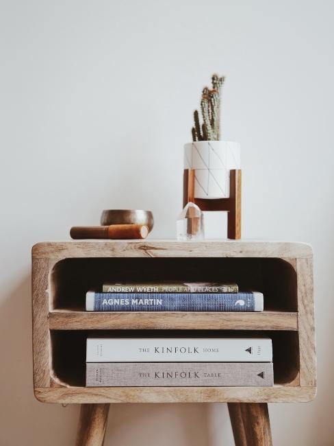 table de chevet vintage en bois style kinfolk