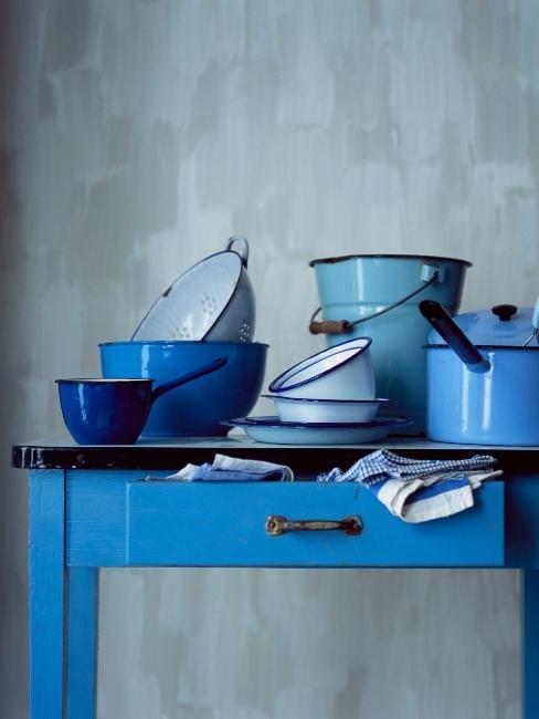cuisine avec accessoires bleus