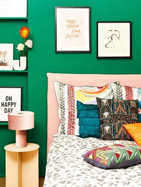 intérieur mexicain, mur vert, chambre verte, décoration murale
