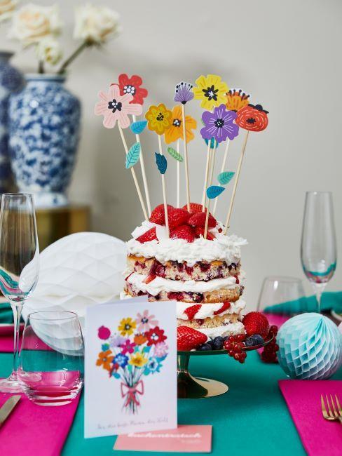 gâteau, anniversaire, table de fête