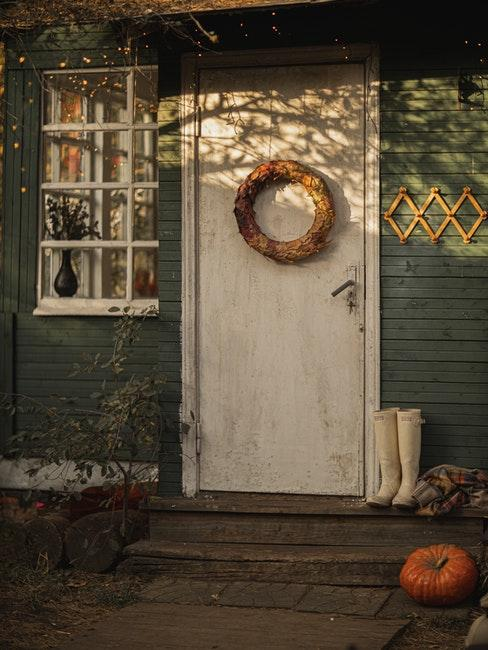 porte d'entrée en automne