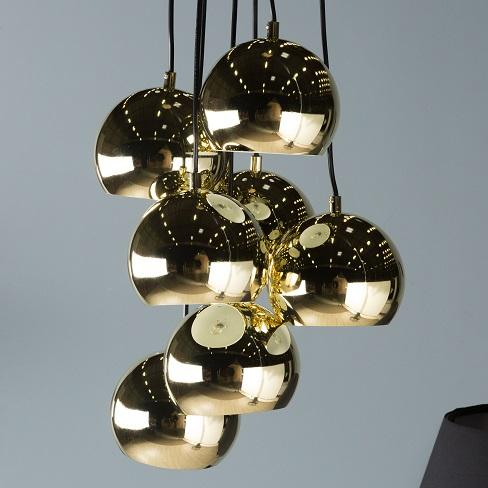 grappe dorée plusieurs luminaires suspendus