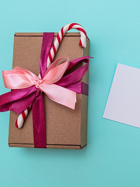 emballage cadeau écologique avec boite en carton et sucre d'orge