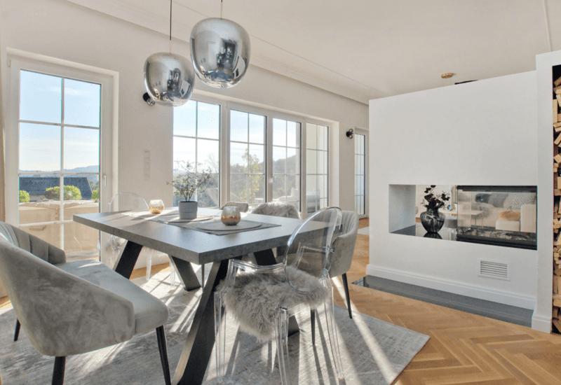 Grand salon moderne aménagé par Westwing 1