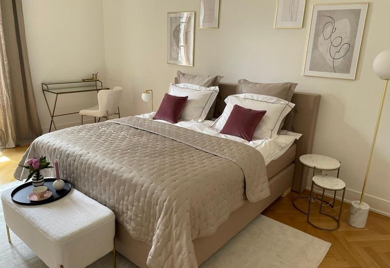 chambre glamour après aménagement par Westwing