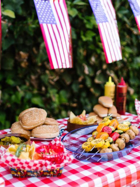 decorazioni tavolo buffet per grigliata stile americano
