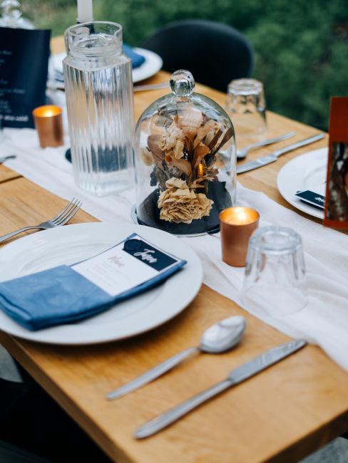 esempio come piegare tovaglioli matrimonio con menù