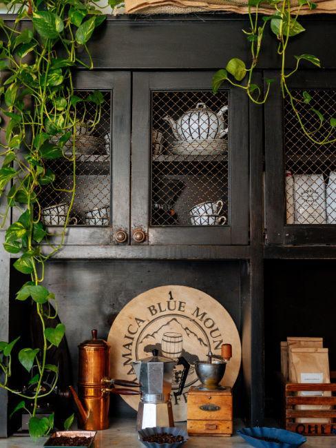 Cucina vintage legno scuro