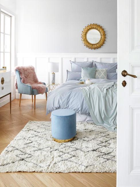 Azzurro pastello in camera da letto