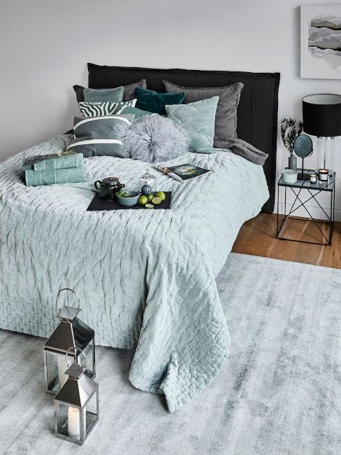 Verde pastello in camera da letto