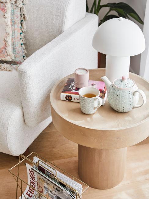 lampada bianca da tavolino