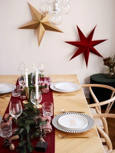 tavola natalizia rosso e oro