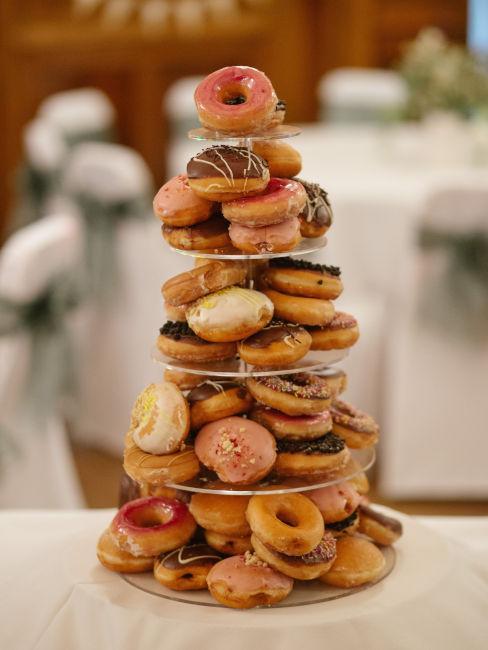piramide di donuts
