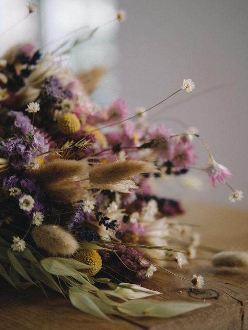 Come far essiccare i fiori