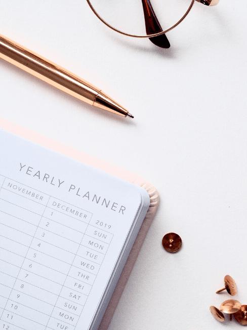 Diario per pianificare con penna