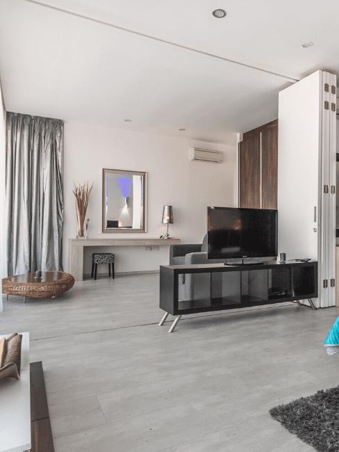 Camera da letto con pavimento in gres porcellanato