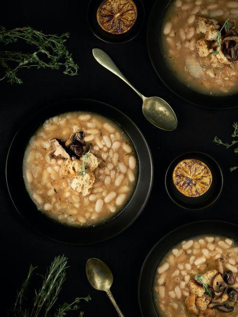 zuppa con i fagioli