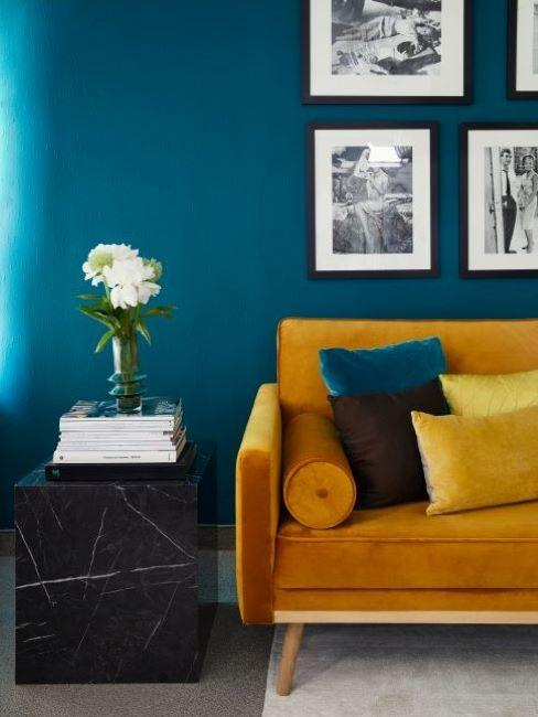 color ottanio parete soggiorno