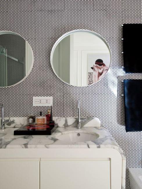 Specchi con cornice in alluminio