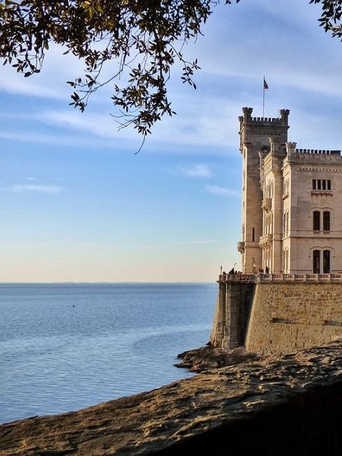 Viale Miramare (Trieste)