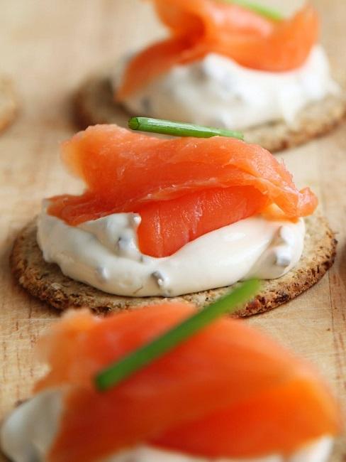 Crostatine al salmone