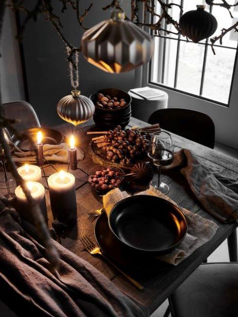 tavola romantica candele