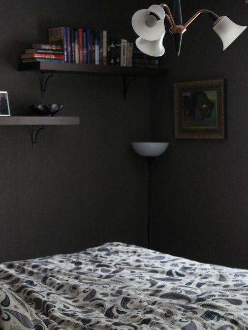 Camera da letto scura
