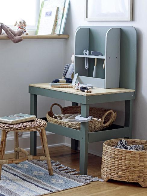 scrivania cameretta verde