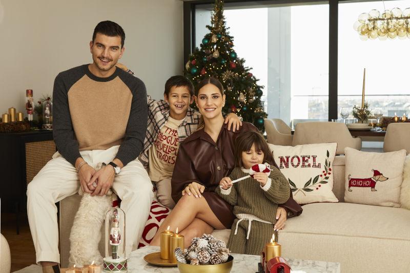 Beatrice Valli e famiglia