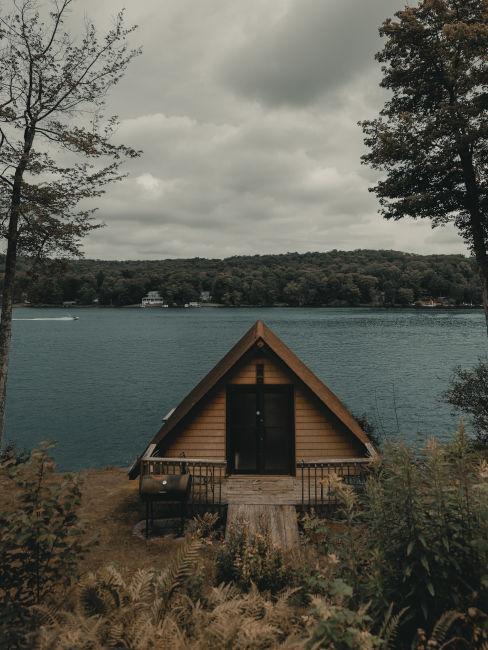Mini casa sul lago