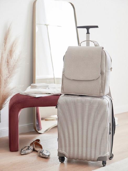 valigia e zaino