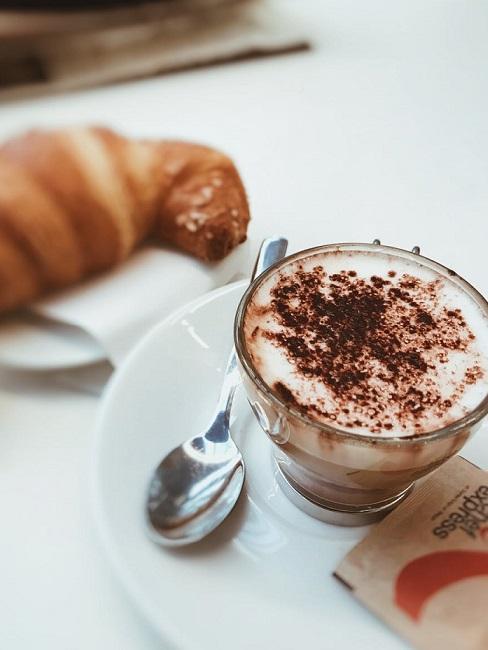 caffe cornetto colazione