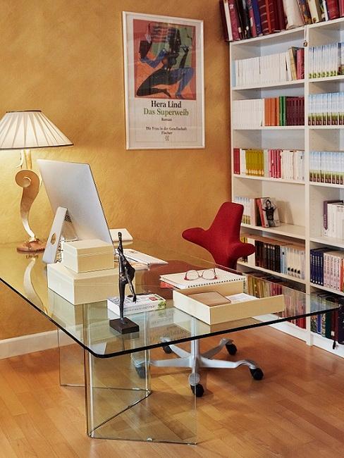 ufficio giallo