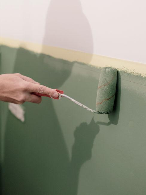 Dipingere le pareti in verde oliva