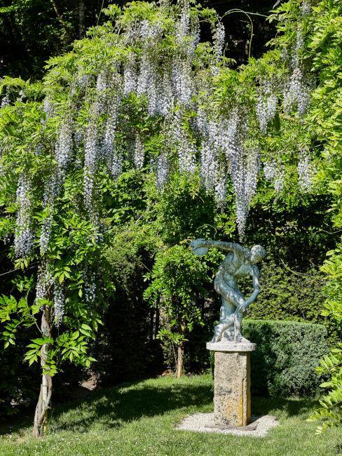 Esempio di statua per giardino