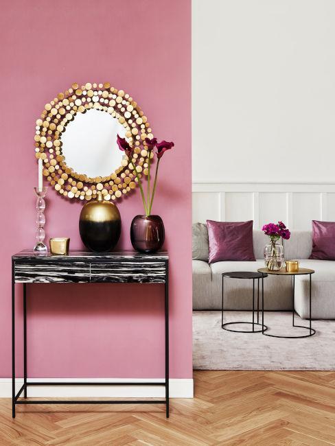Esempio soggiorno con toni del bianco e rosa