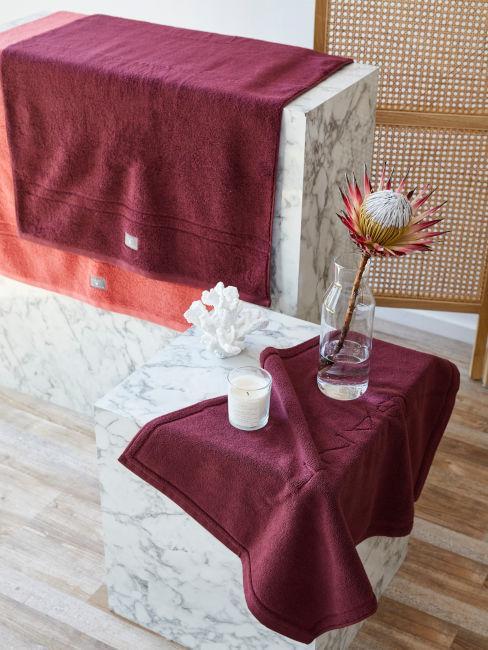 Dettaglio marmo in bagno